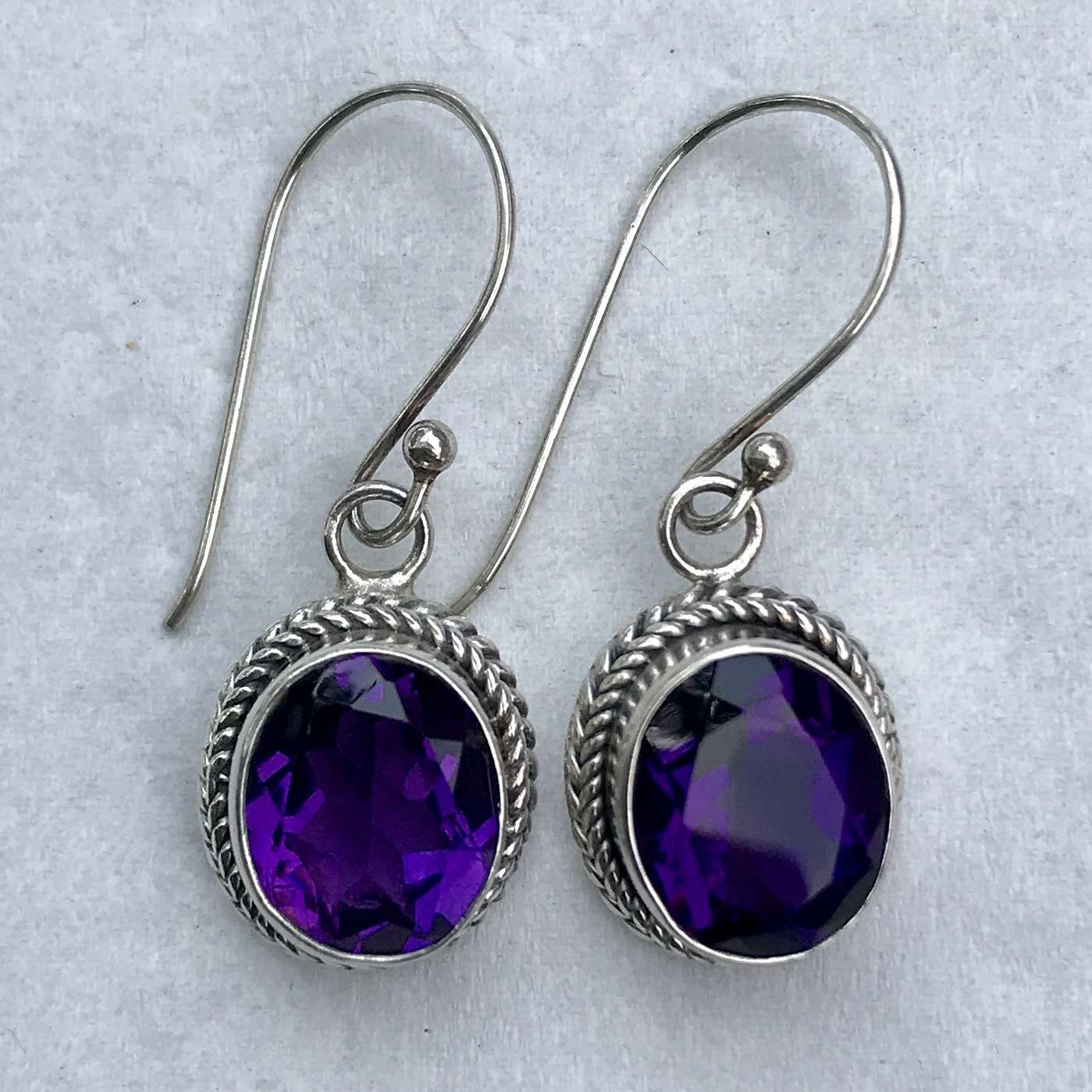 Er 12569 B Am Bali Silver Earrings With Amethyst