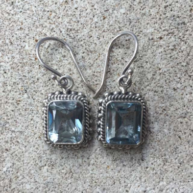 ER 12187 TP-1 PC OF HAND CARVED 925 BALI SILVER EARRINGS WITH TOPAZ