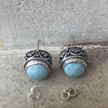 ER 13552 larimar-1 PC OF HAND CARVED 925 BALI SILVER EARRINGS WITH LARIMAR