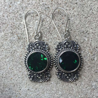 ER 12478 GQ-1 PC OF HAND CARVED 925 BALI SILVER EARRINGS WITH GREEN QUARTZ
