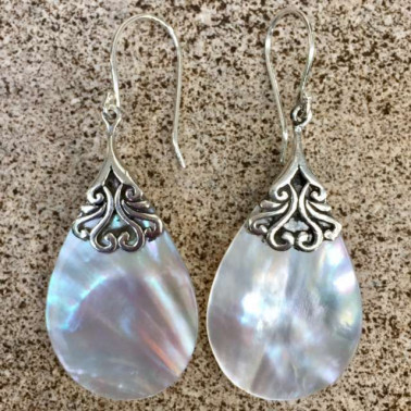 ER 13294 MP-1 PC OF HAND CARVED 925 BALI SILVER EARRINGS WITH MOP