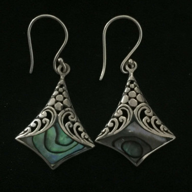 ER 13244-1 pc of hand carved 925 Bali silver earrings with abalone