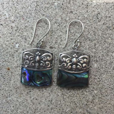 ER 13241 abalone shell-1 PC OF HAND CARVED 925 BALI SILVER EARRINGS WITH ABALONE SHELL