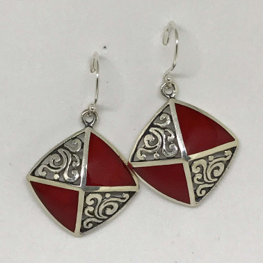 ER 12094 CR-BALI SILVER EARRINGS WITH CORAL