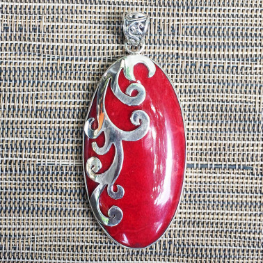 PD 12379-1 PC OF 925 HAND CARVED BALI SILVER PENDANT WITH CORAL