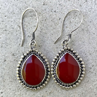ER 08604 CR-BALI SILVER EARRINGS WITH RED CORAL