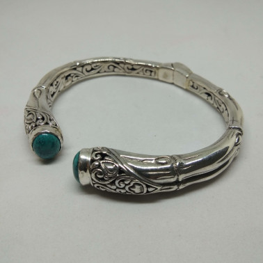 BR 12886-1 PC OF HAND CARVED 925 BALI SILVER BRACELET WITH TURQOUISE