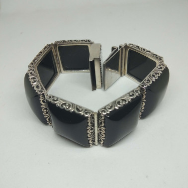 BR 00750-1 PC OF HAND CARVED 925 BALI SILVER BRACELET WITH ONYX