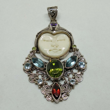 PD 10746-1 PC OF HAND CARVED 925 BALI SILVER PENDANT WITH BONE AND MIXSTONE