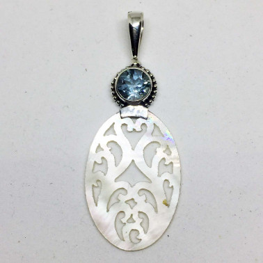 PD 13776 TP-1 PC OF 925 HAND CARVED BALI SILVER PENDANT WITH SHELL , TOPAZ