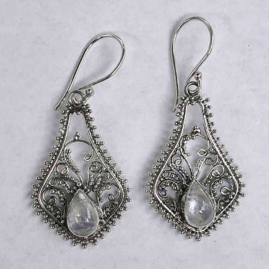 ER 10075 RM-BALI SILVER EARRINGS WITH RAINBOW MOONSTONE
