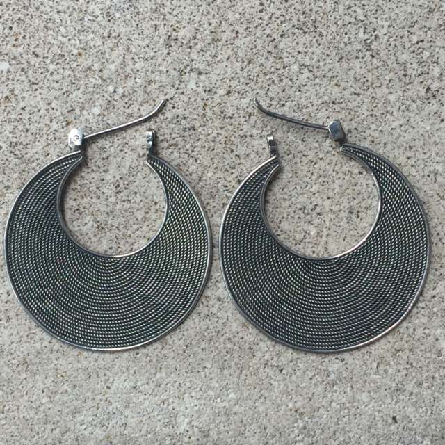 (925 BALI SILVER TWISTED WIRED EARRINGS 25 MM)