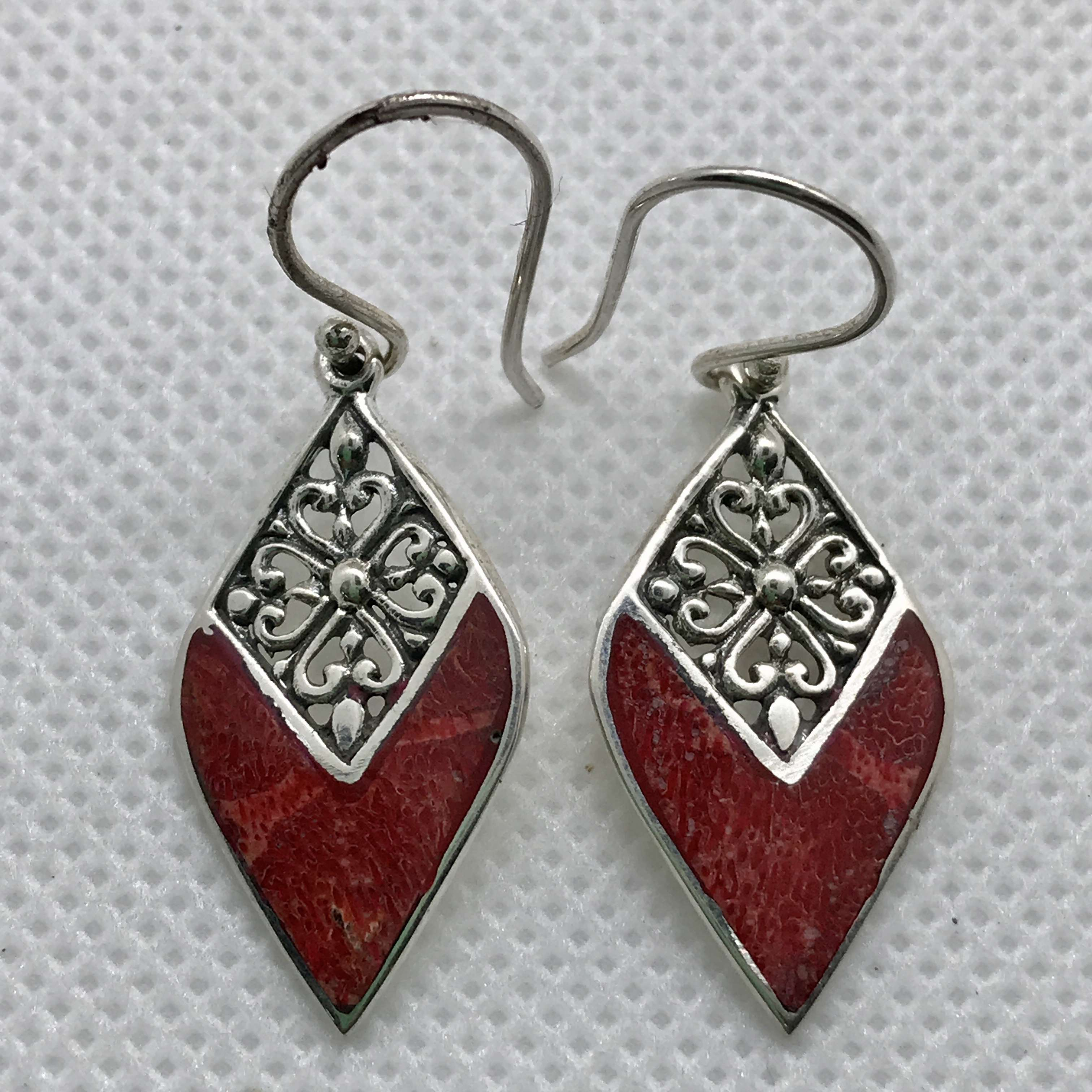 BALI 925 STERLING SILVER EARRINGS WITH CORAL