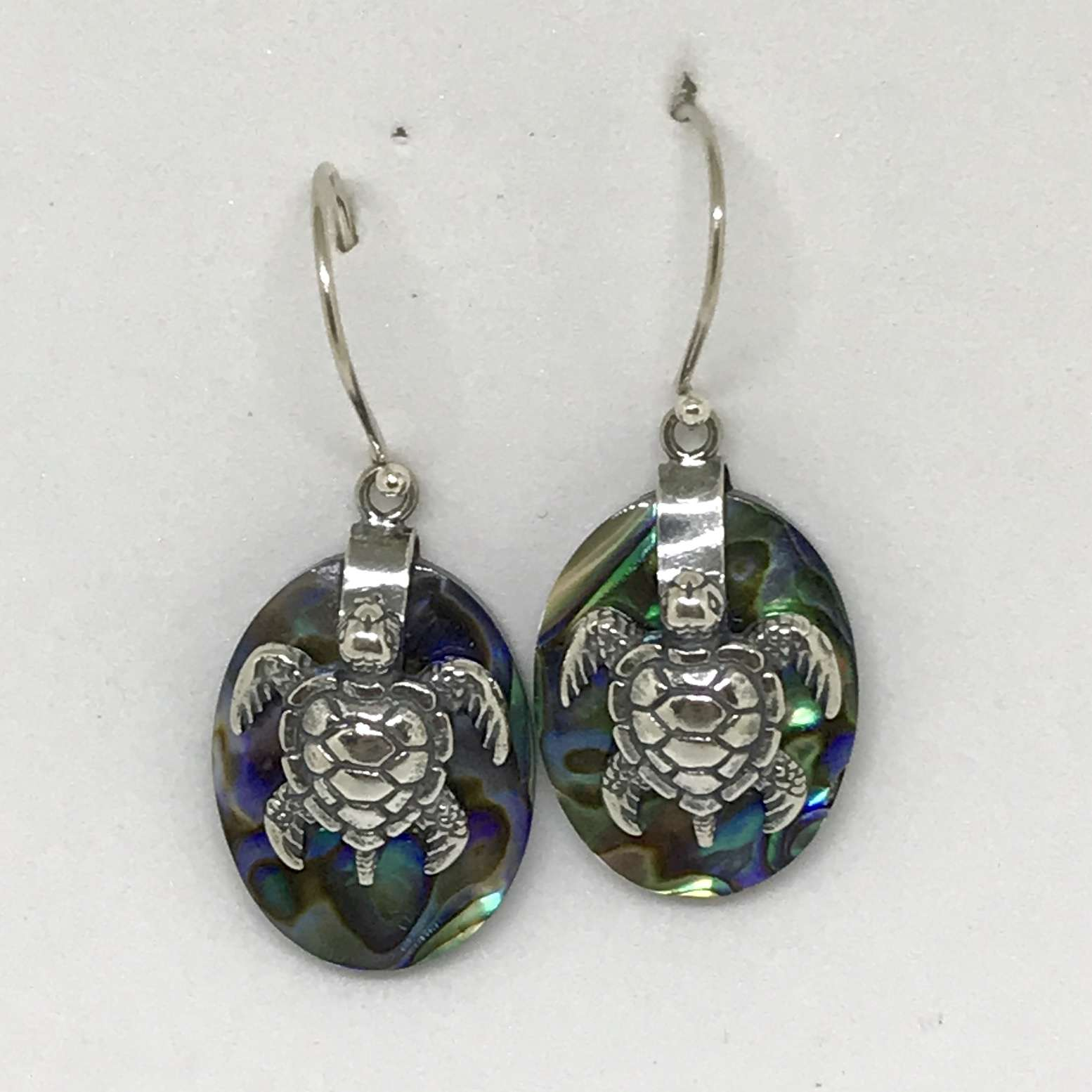 (925 BALI SILVER TURTLE OVAL EARRINGS WITH ABALONE)