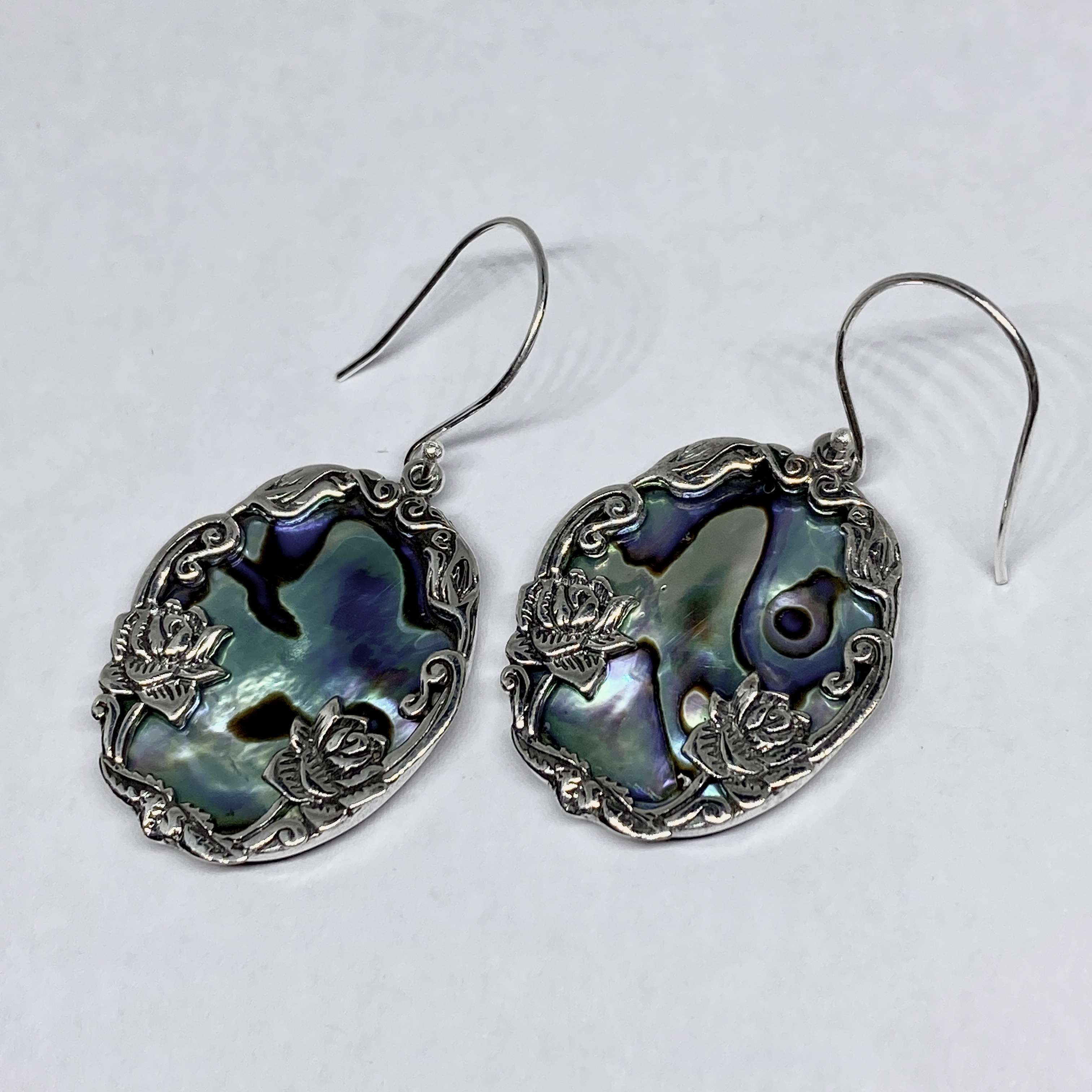 ( HANDMADE 925 BALI SILVER DAISY LOTUS EARRINGS WITH  ABALONE)