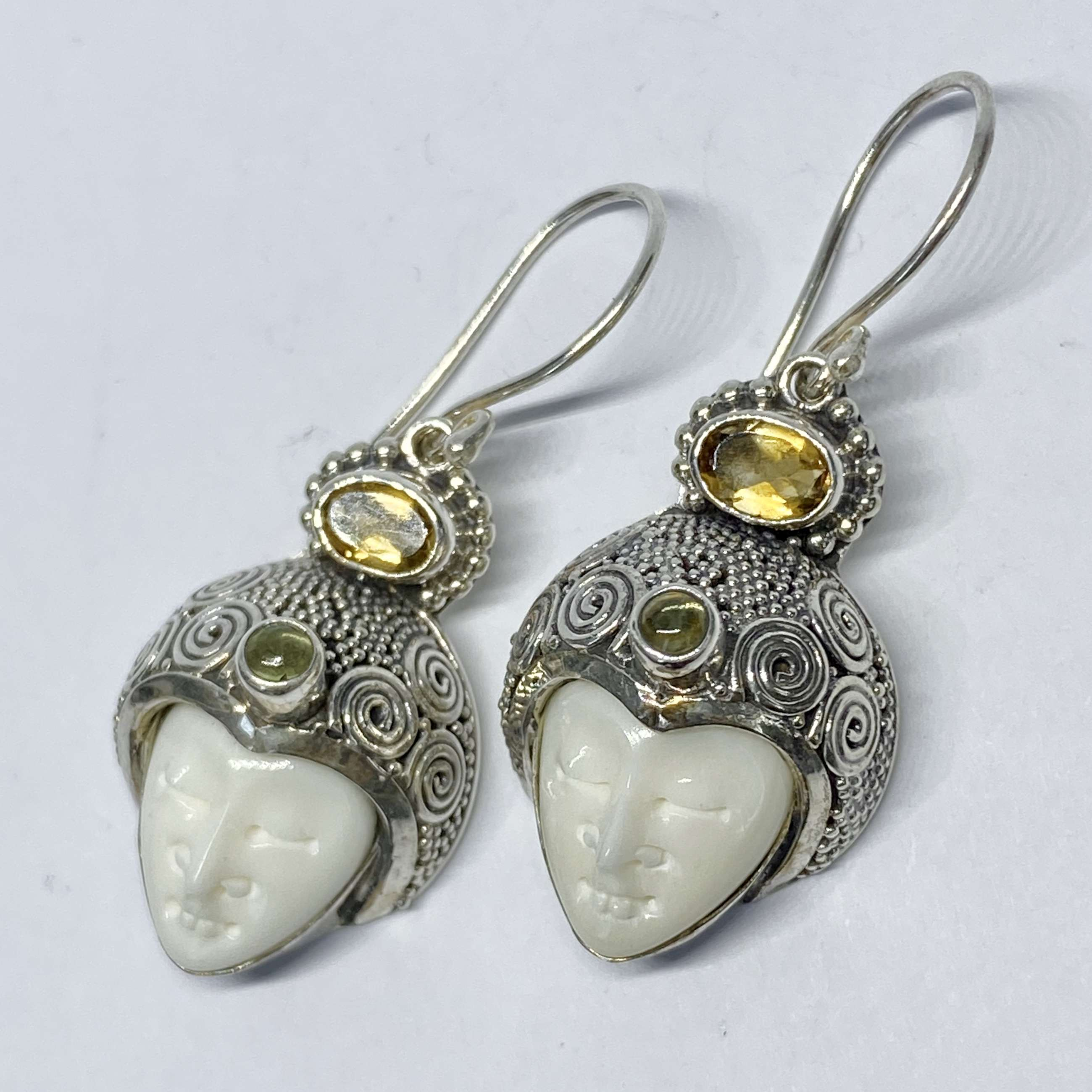 (HANDMADE 925 BALI SILVER BONE FACE EARRINGS WITH CITRINE)