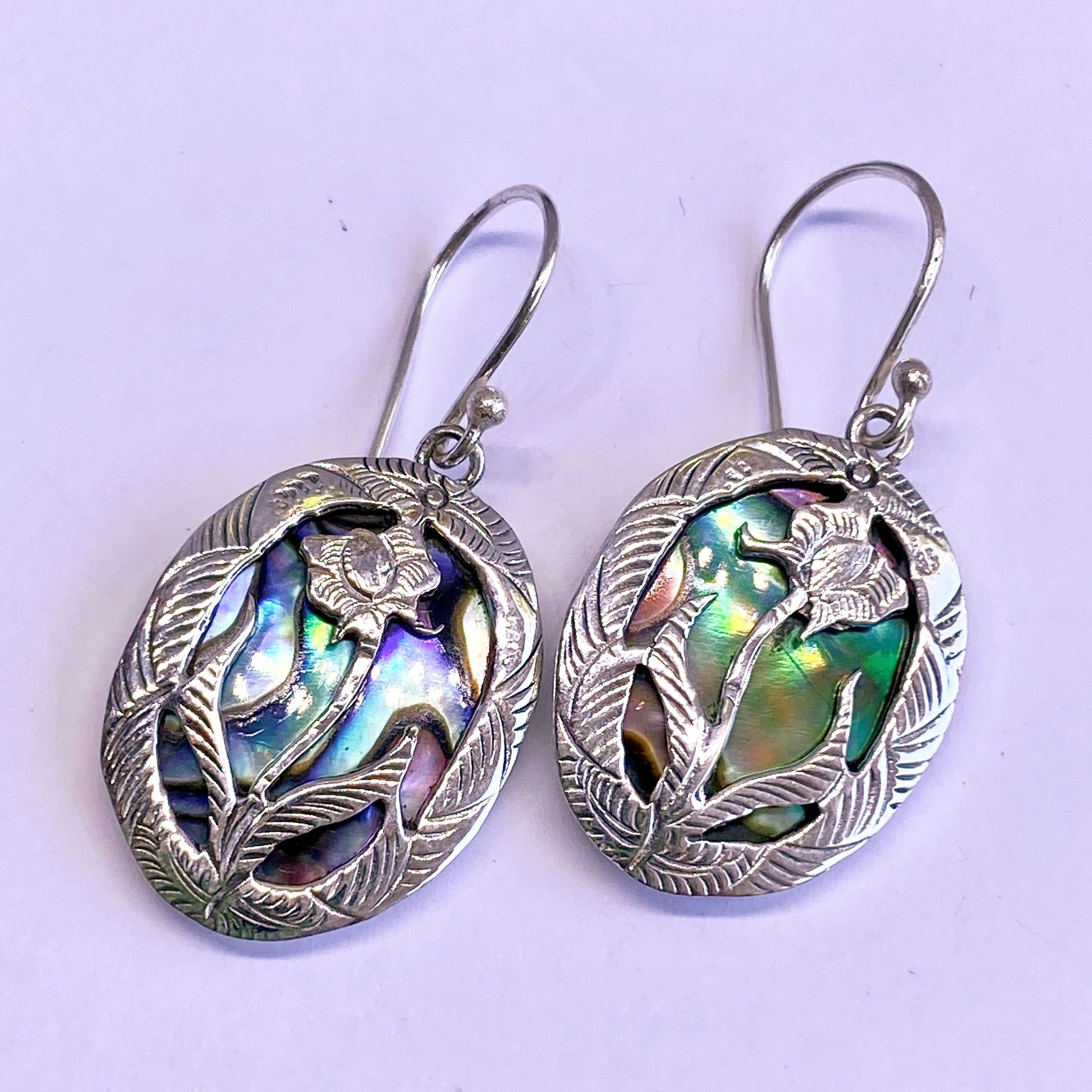 (HANDMADE 925 BALI SILVER LOTUS FLOWER EARRINGS WITH ABALONE)