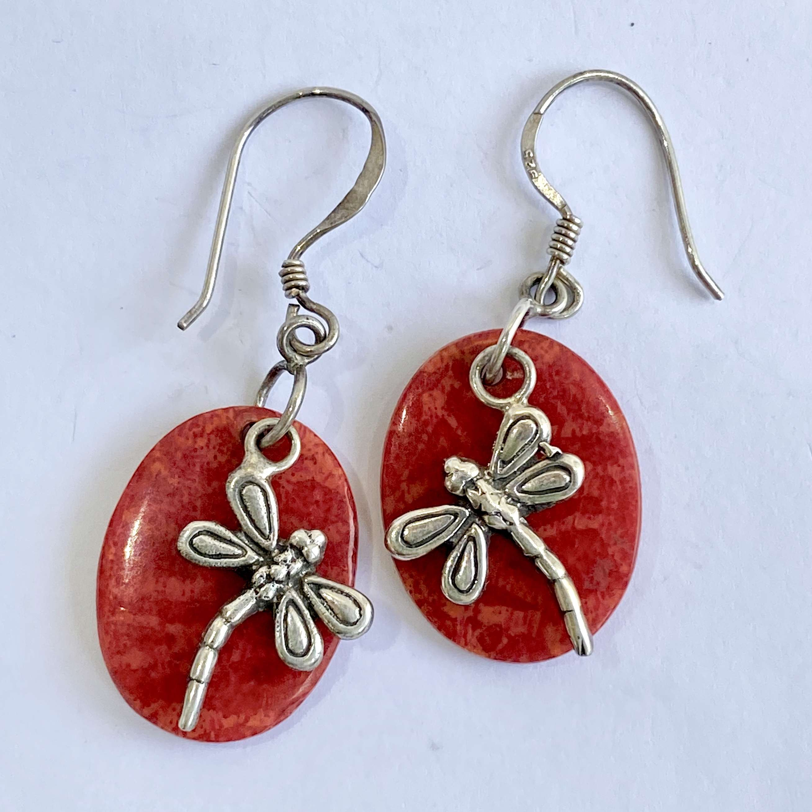 (BALI 925 STERLING SILVER DRAGONFLY EARRINGS WITH CORAL)