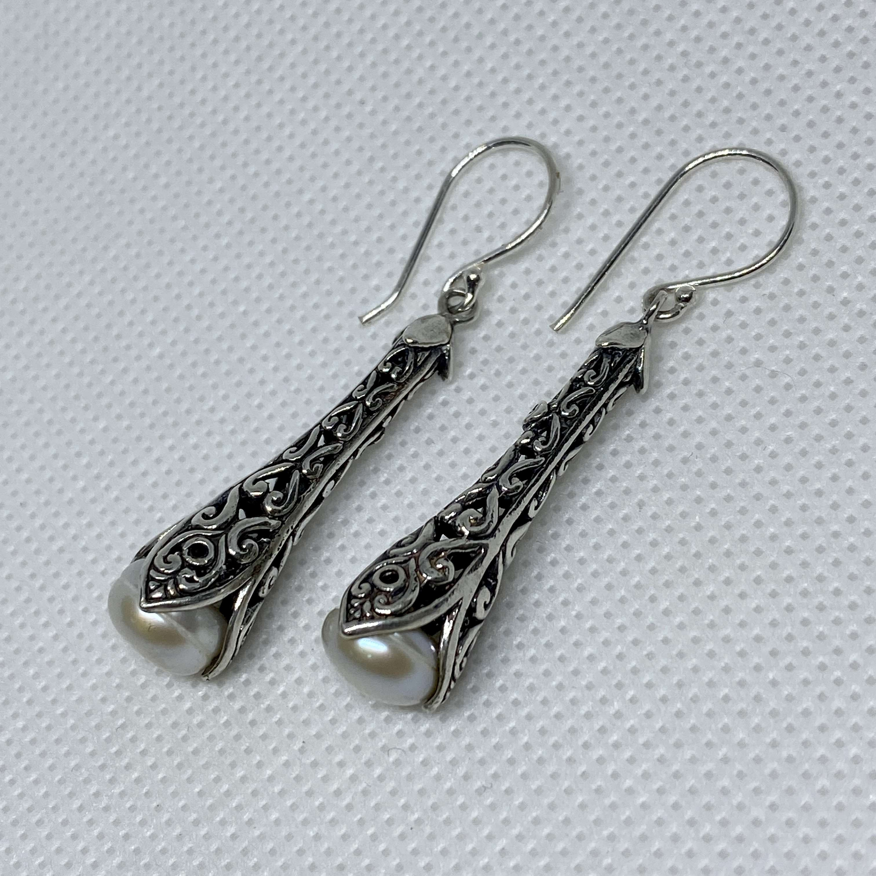BALI SILVER EARRINGS WITH PEARL
