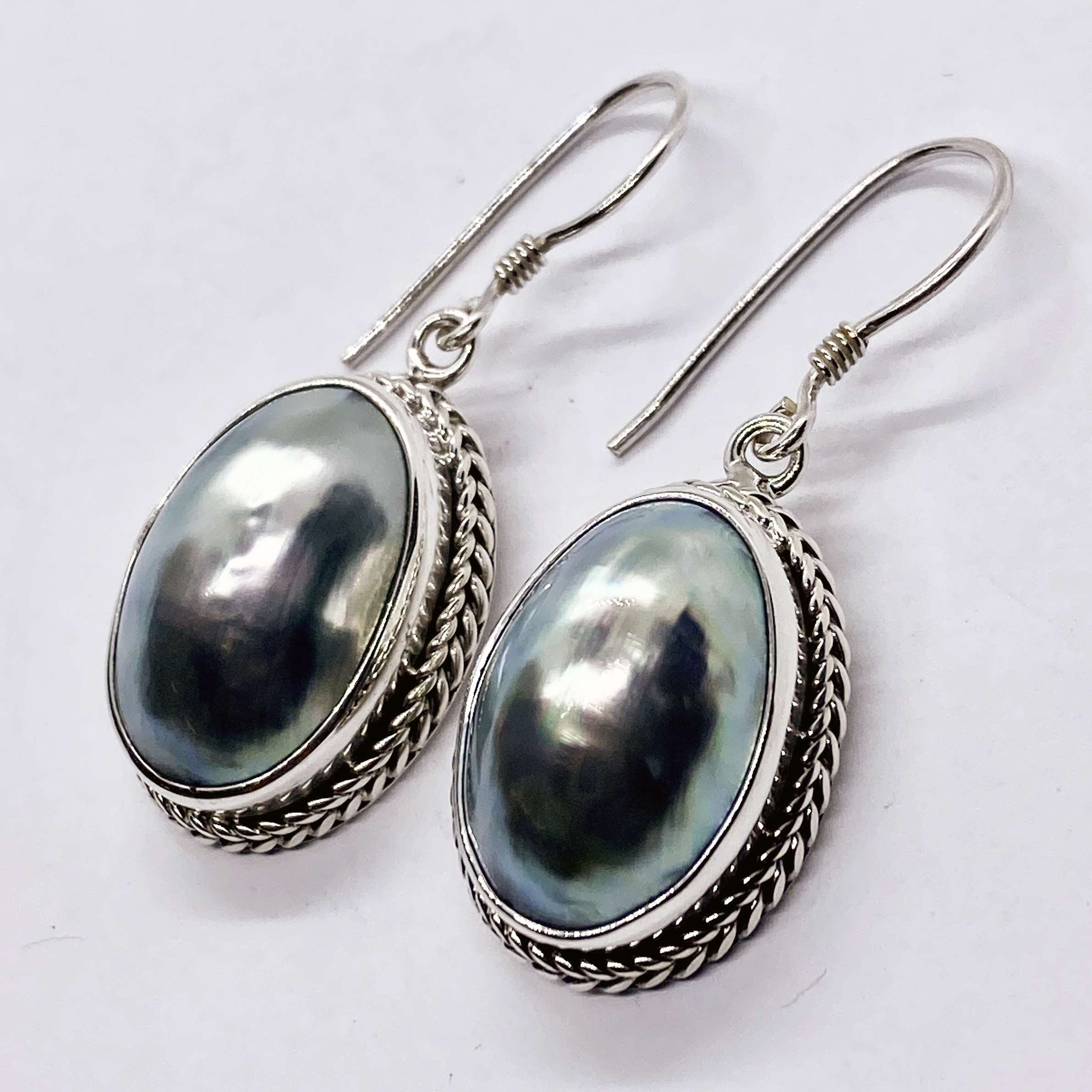 (HANDMADE 925 BALI SILVER EARRINGS WITH NAUTILUS COKLY SHELL)