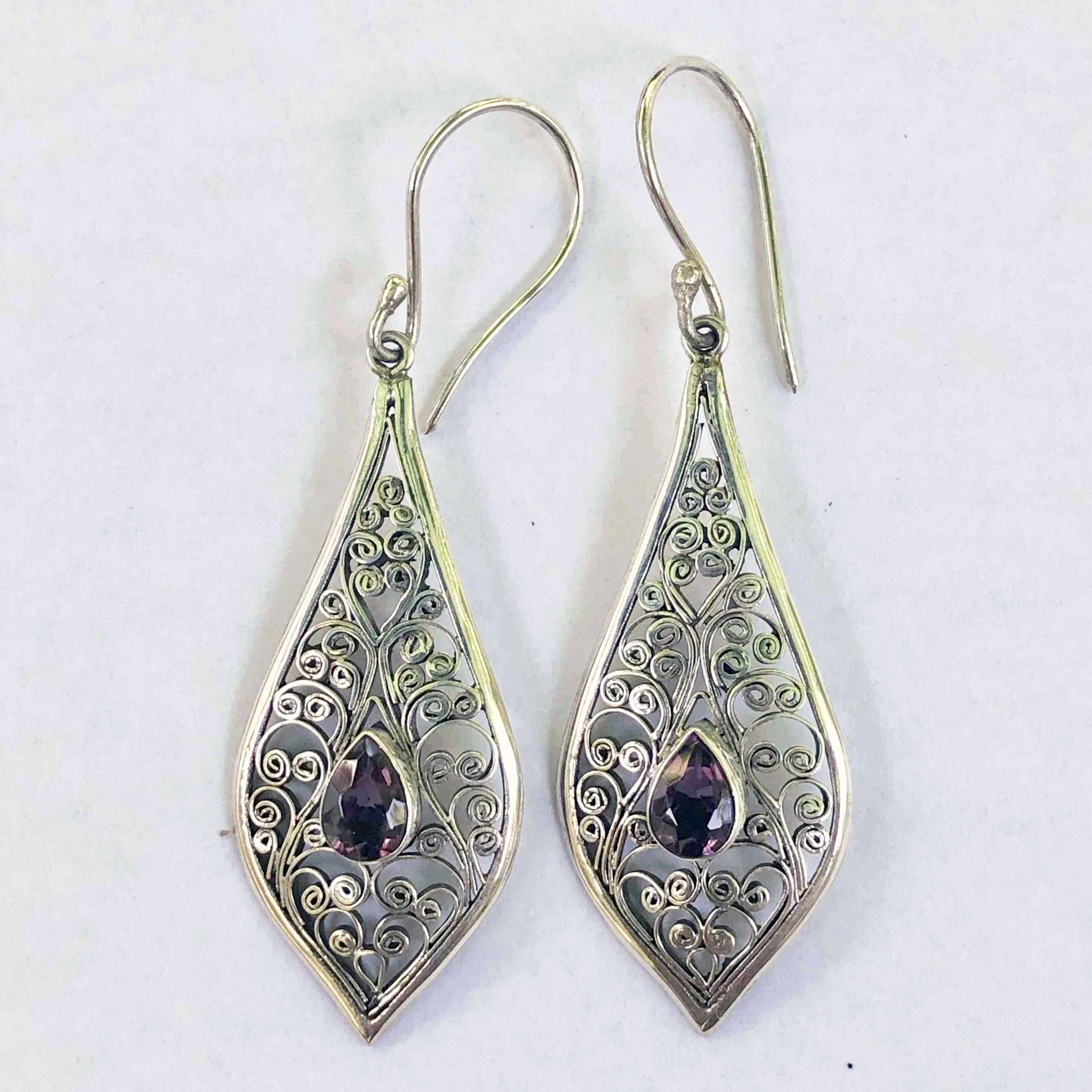 (UNIQUE 925 BALI SILVER FILIGREE EARRINGS WITH AMETHYST)