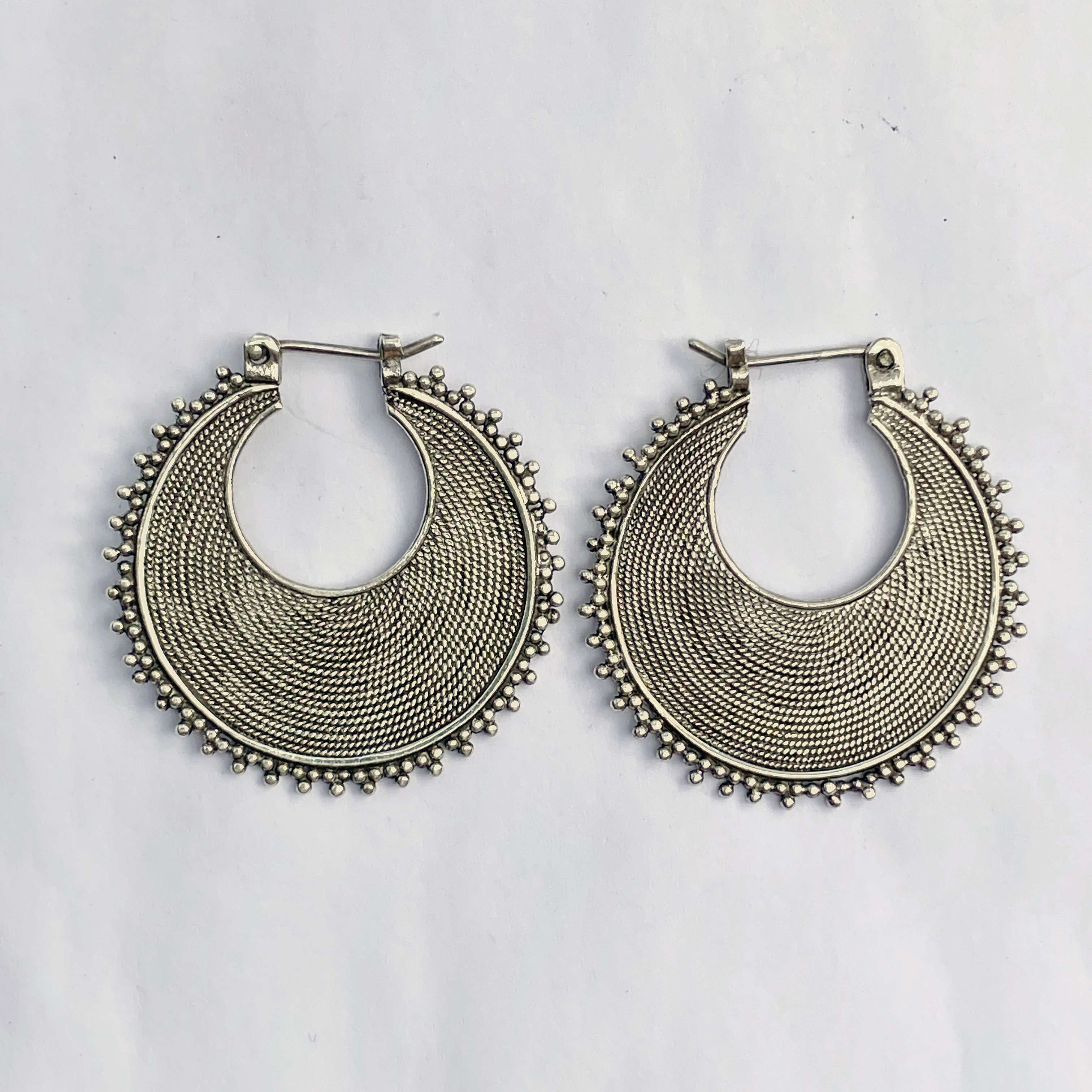 (925 BALI SILVER TWISTED WIRED EARRINGS 28 MM)