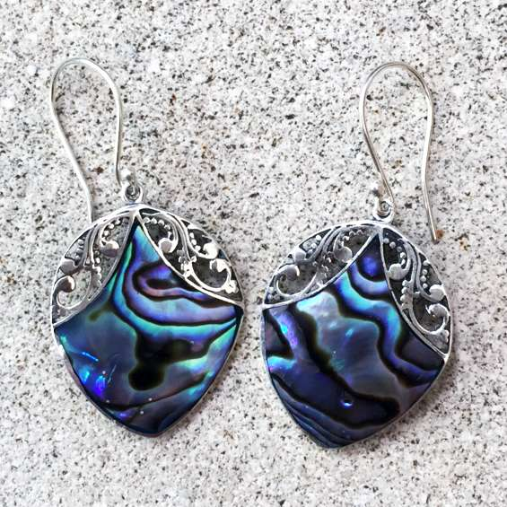 (HANDMADE 925 BALI SILVER EARRINGS WITH ABALONE)