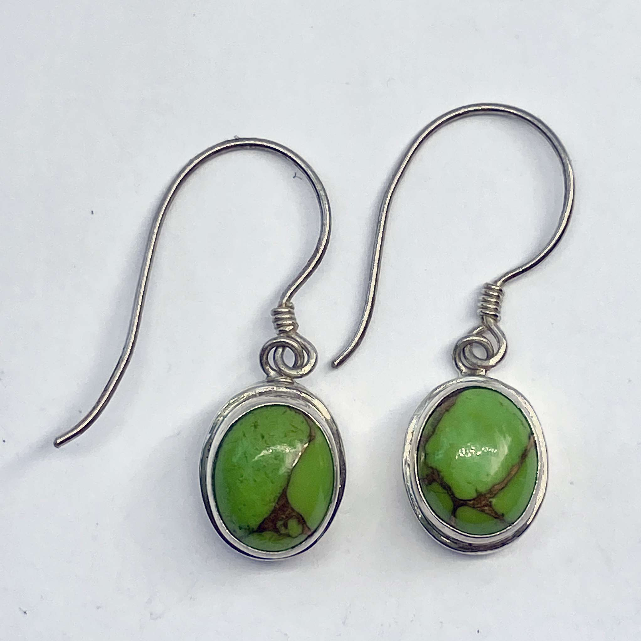 (HANDMADE 925 BALI STERLING SILVER EARRINGS WITH MOHAVE)