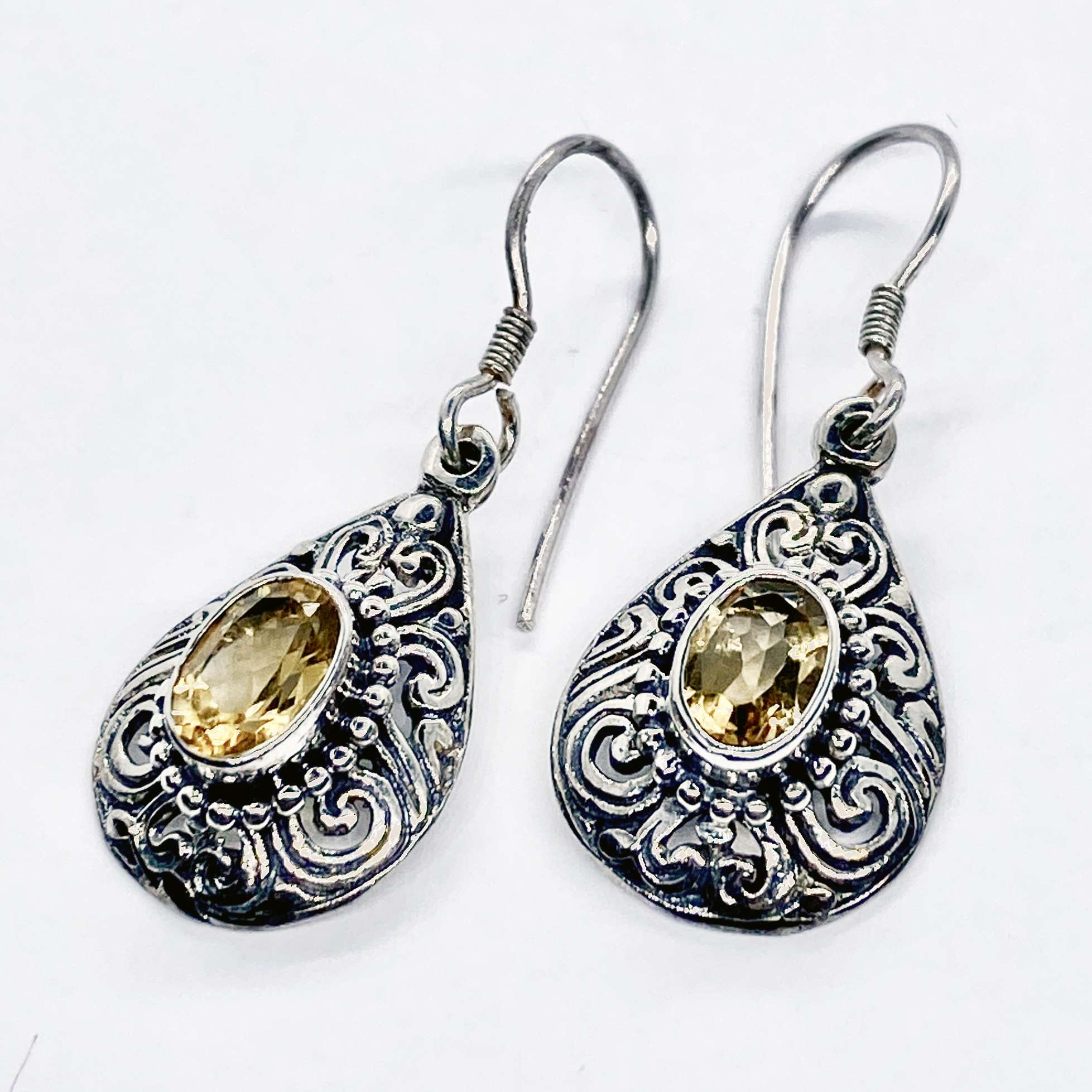 (UNIQUE 925 BALI SILVER FILIGREE EARRINGS WITH CITRINE)