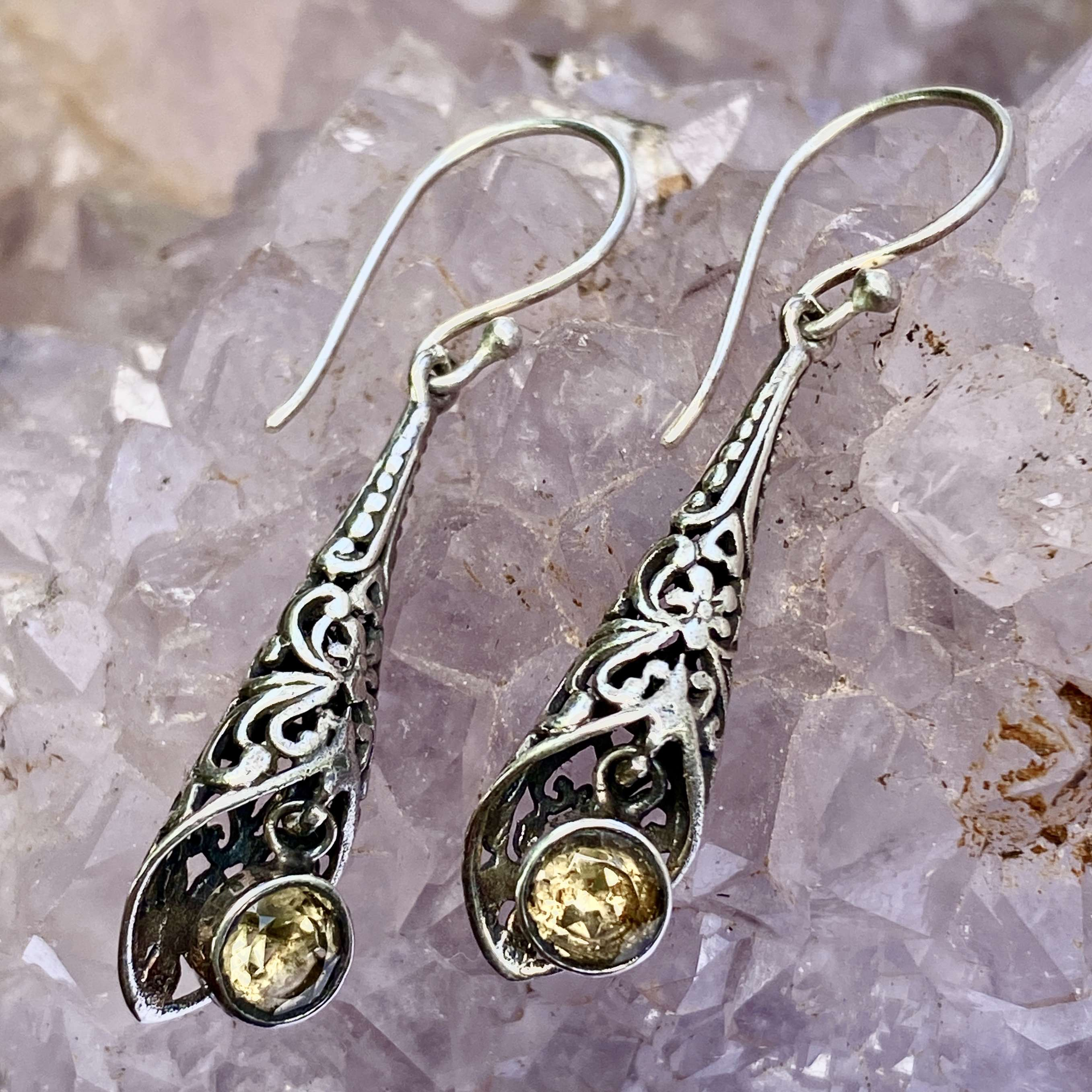 (HANDMADE 925 BALI SILVER FILIGREE EARRINGS WITH CITRINE)