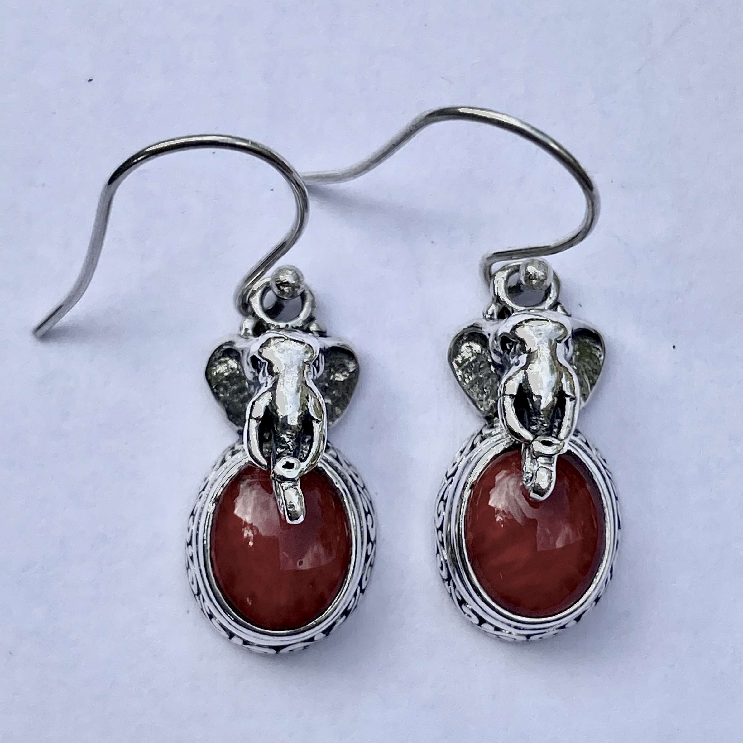 (HANDMADE 925 BALI SILVER ELEPHANT EARRINGS WITH CORAL)