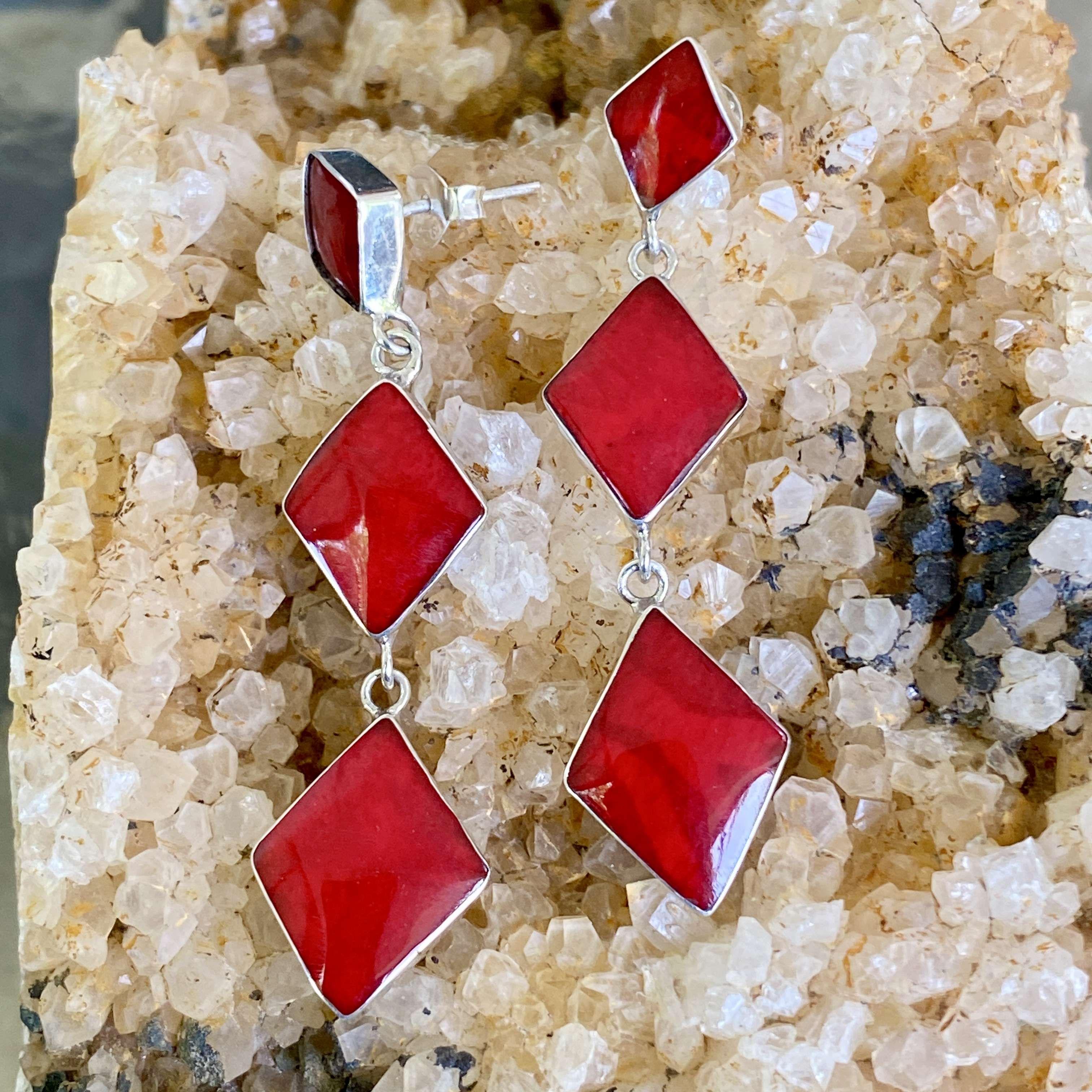 (HANDMADE BALI 925 STERLING SILVER EARRINGS WITH CORAL)