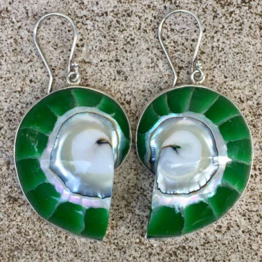 ER 06496 DG-(925 BALI SILVER EARRINGS WITH GREEN ENAMEL NAUTILUS SHELL)