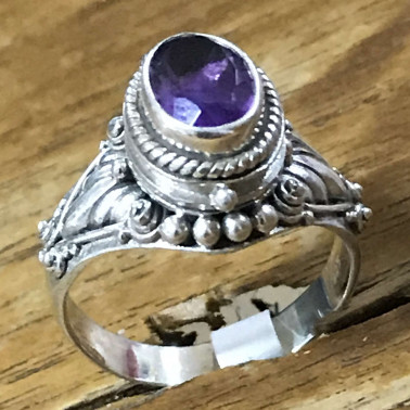 RR 13822 AM-BALI 925 SILVER POISON RING WITH AMETHYST