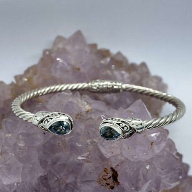 BR 14572 B-BT-(Twisted Cable 925 Bali Sterling Silver Hinged Cuff Bracelet with Blue Topaz)