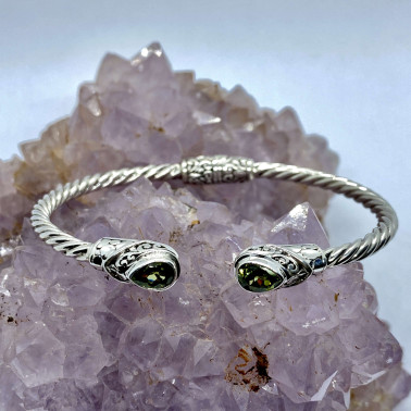 BR 14572 B-PD-(Twisted Cable 925 Bali Sterling Silver Hinged Cuff Bracelet with Peridot)