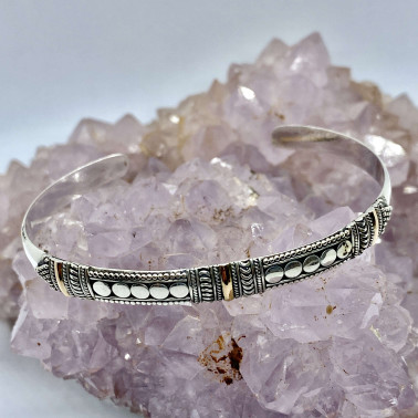 BR 12307 C-(HANDMADE 925 BALI SILVER CUFF BRACELET WITH 18K GOLD ACCENT)