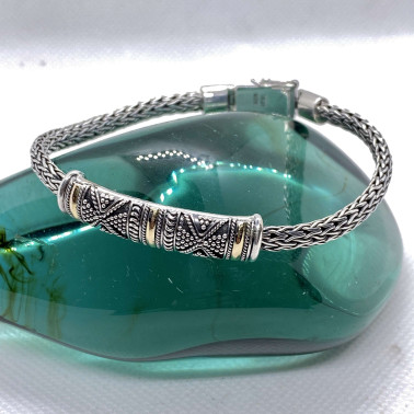 BR 14013 B-(HANDMADE 925 BALI SILVER CHAIN BRACELET WITH 18K GOLD ACCENT)