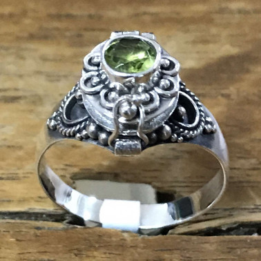 RR 13782 PD-BALI 925 SILVER POISON RINGS WITH PERIDOT