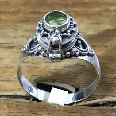 RR 13778 PD-BALI 925 SILVER POISON RINGS WITH PERIDOT