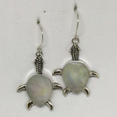 ER 13682 MP-BALI SILVER EARRINGS WITH MOP