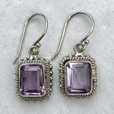 ER 12187 AM-BALI SILVER EARRINGS WITH AMETHYST
