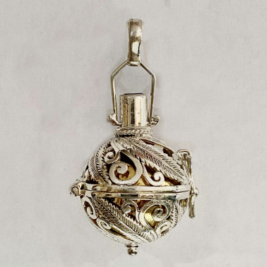 BD 11779-(HANDMADE 925 BALI SILVER HARMONY BALL PENDANT WITH MIX STONE 22 MM)