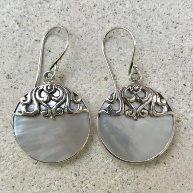 ER 13768 MP-(BALI 925 STERLING SILVER EARRINGS WITH MOTHER OF PEARL)