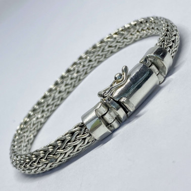 BR 02566-( HANDMADE 925 BALI SILVER 7 MM WIDE CHAIN BRACELET 22 CM LONG )
