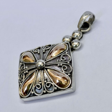 PD 14166-(HANDMADE 925 BALI SILVER PENDANT WITH 18KT GOLD ACCENT)