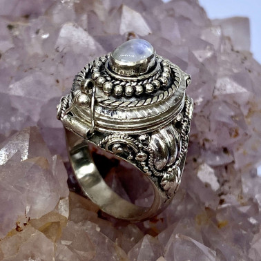 RR 14596 MS-(HANDMADE 925 BALI STERLING SILVER POISON RING WITH MOONSTONE)