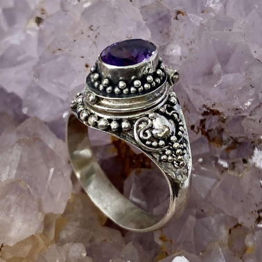 RR 13762 AM-(HANDMADE 925 BALI STERLING SILVER POISON RING WITH AMETHYST)