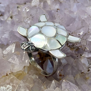RR 05326 MP-(HANDMADE 925 BALI SILVER TURTLE RING WITH MOTHER OF PEARL)