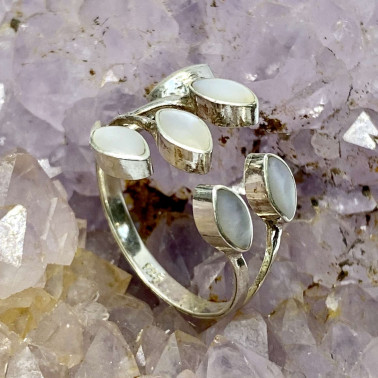 RR 14703 MP-(HANDMADE 925 BALI STERLING SILVER RING WITH MOTHER OF PEARL)